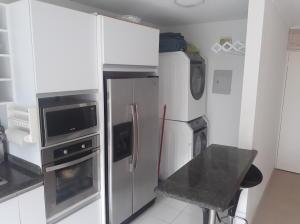 Apartamento En Venta En Caracas - Lomas del Avila Código FLEX: 18-7629 No.2