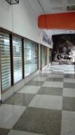 Local Comercial en Venta en Macaracuay