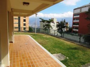 En Venta En Caracas - Los Samanes Código FLEX: 18-7920 No.16