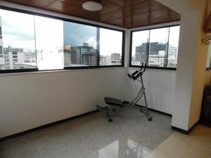 Apartamento En Venta En Caracas - Los Palos Grandes Código FLEX: 18-7840 No.13