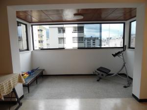 Apartamento En Venta En Caracas - Los Palos Grandes Código FLEX: 18-7840 No.14
