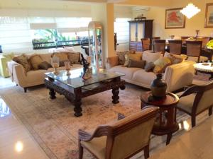 Apartamento En Venta En Caracas - La Lagunita Country Club Código FLEX: 18-7715 No.2