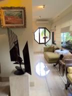 Apartamento En Venta En Caracas - La Lagunita Country Club Código FLEX: 18-7715 No.5