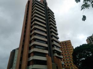 Apartamento En Venta En Valencia En La Trigaleña - Código: 18-8285