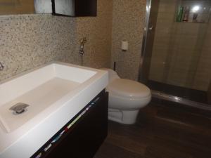 Apartamento En Venta En Caracas - Terrazas del Club Hipico Código FLEX: 18-7838 No.6