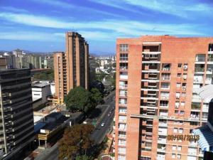 Apartamento En Venta En Caracas - Boleita Norte Código FLEX: 18-7897 No.10