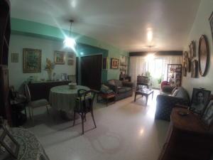 Apartamento En Venta En Caracas - Santa Fe Norte Código FLEX: 18-7912 No.2