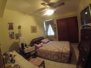 Apartamento En Venta En Caracas - Santa Fe Norte Código FLEX: 18-7912 No.10