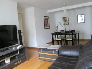 Apartamento En Venta En Caracas - Lomas del Avila Código FLEX: 18-7984 No.13