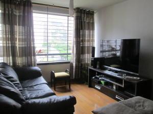 Apartamento En Venta En Caracas - Lomas del Avila Código FLEX: 18-7984 No.5