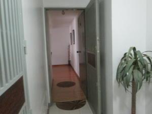 Apartamento En Venta En Caracas - Lomas del Avila Código FLEX: 18-7984 No.2