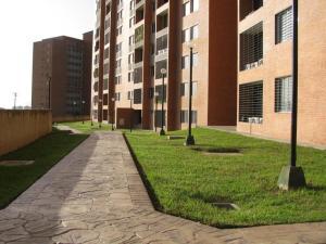 Apartamento En Venta En Caracas - Colinas de La Tahona Código FLEX: 18-7985 No.1