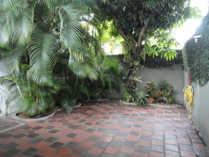 Casa En Venta En Caracas - Sebucan Código FLEX: 18-8390 No.2
