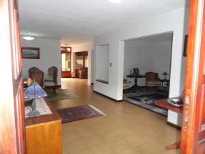 Casa En Venta En Caracas - Sebucan Código FLEX: 18-8390 No.3