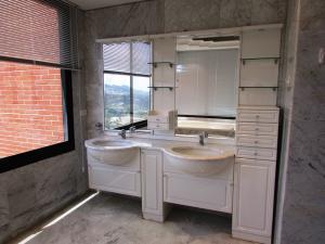 Apartamento En Venta En Caracas - Colinas del Tamanaco Código FLEX: 18-8061 No.14