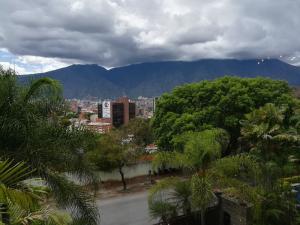 Apartamento En Venta En Caracas - San Roman Código FLEX: 18-8129 No.4