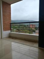 Apartamento En Venta En Caracas - Colinas de La Tahona Código FLEX: 18-7985 No.9