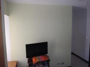 Apartamento En Venta En Caracas - El Paraiso Código FLEX: 18-8224 No.17