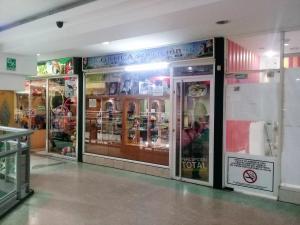 Negocio o Empresa En Venta En Maracay En Avenida Bolivar - Código: 18-8443