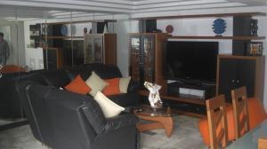 Apartamento En Venta En Caracas - Terrazas del Avila Código FLEX: 18-8646 No.3