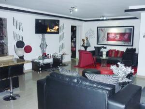 Apartamento En Venta En Maracay En Los Caobos - Código: 18-8567