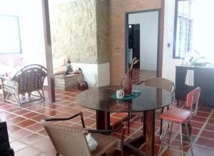 Casa En Venta En Maracay - Lomas de Palmarito Código FLEX: 18-8668 No.7