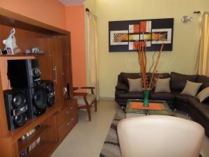 En Venta En Maracay - Villas Ingenio II Código FLEX: 18-8694 No.2