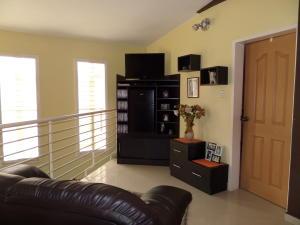 En Venta En Maracay - Villas Ingenio II Código FLEX: 18-8694 No.9