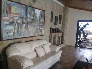 En Venta En Maracay - Lomas de Palmarito Código FLEX: 18-8789 No.5