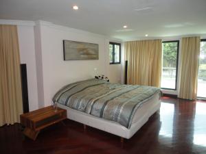Casa En Venta En Caracas - Alto Hatillo Código FLEX: 18-9114 No.10