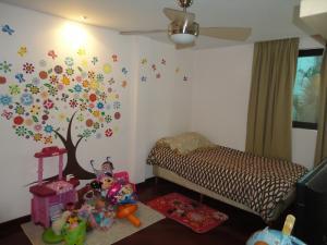 Casa En Venta En Caracas - Alto Hatillo Código FLEX: 18-9114 No.15