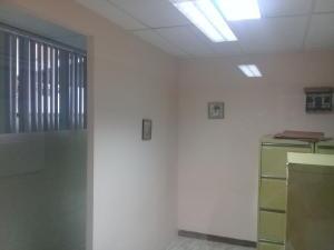 Oficina En Alquiler En Maracay - El Bosque Código FLEX: 18-8987 No.12