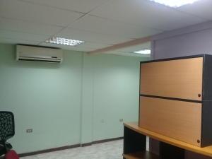 Oficina En Alquiler En Maracay - El Bosque Código FLEX: 18-8987 No.15