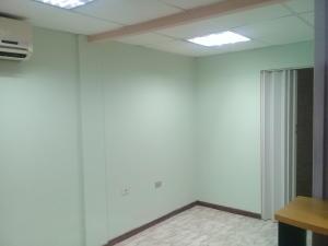 Oficina En Alquiler En Maracay - El Bosque Código FLEX: 18-8987 No.16