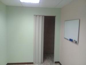 Oficina En Alquiler En Maracay - El Bosque Código FLEX: 18-8987 No.17