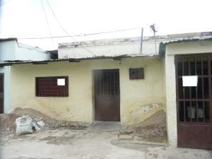 Casa En Venta En Maracay - Santa Rosa Código FLEX: 18-9032 No.2