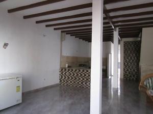 Casa En Venta En Maracay - La Coromoto Código FLEX: 18-9130 No.2