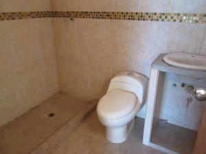 Casa En Venta En Maracay - La Coromoto Código FLEX: 18-9130 No.11