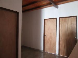 Casa En Venta En Maracay - La Coromoto Código FLEX: 18-9130 No.14