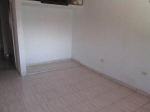 Casa En Venta En Maracay - La Coromoto Código FLEX: 18-9130 No.15