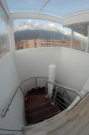 En Venta En Caracas - Campo Alegre Código FLEX: 18-9257 No.8