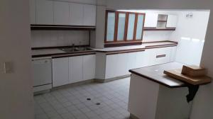 Casa En Alquiler En Caracas - Lomas del Mirador Código FLEX: 18-1766 No.9