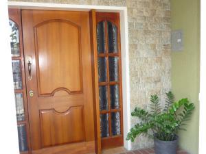 Casa En Venta En Maracay - La Coromoto Código FLEX: 18-9651 No.9