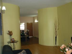 Casa En Venta En Maracay - La Coromoto Código FLEX: 18-9651 No.12