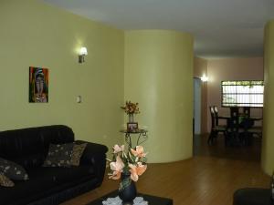 Casa En Venta En Maracay - La Coromoto Código FLEX: 18-9651 No.13