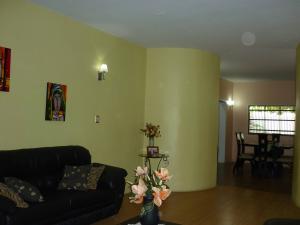 Casa En Venta En Maracay - La Coromoto Código FLEX: 18-9651 No.14