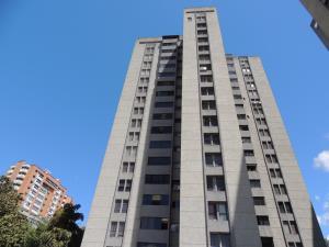 En Venta En Caracas - La Boyera Código FLEX: 18-10168 No.0