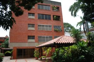 Apartamento En Venta En Caracas En La Castellana - Código: 18-9723