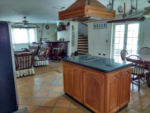 En Venta En Higuerote - Puerto Encantado Código FLEX: 18-9747 No.8