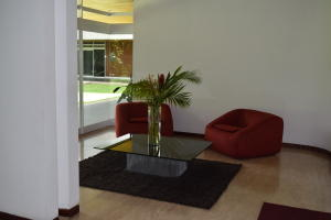 En Venta En Caracas - Las Mercedes Código FLEX: 18-10134 No.7
